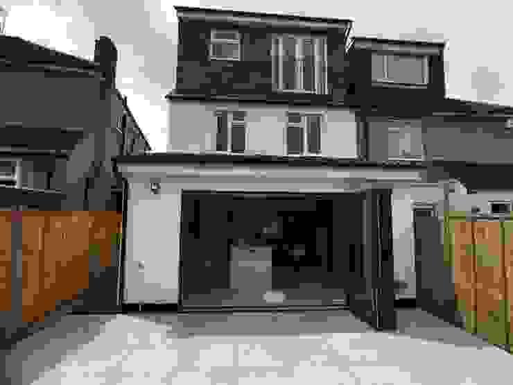 rear extension Modern houses by Progressive Design London Modern