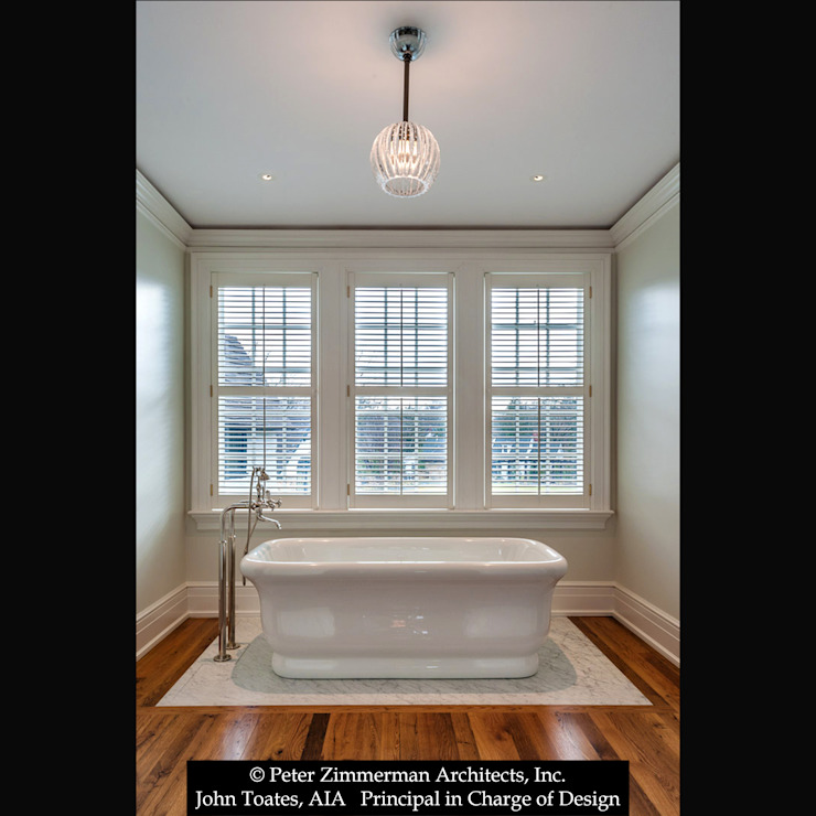 Master Bathroom John Toates Architecture and Design Classic style bathrooms White