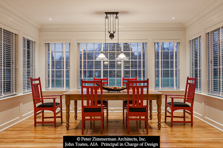 Sunroom John Toates Architecture and Design Classic style dining room