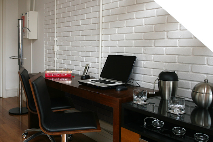 Office Escritórios industriais por Célia Orlandi por Ato em Arte Industrial