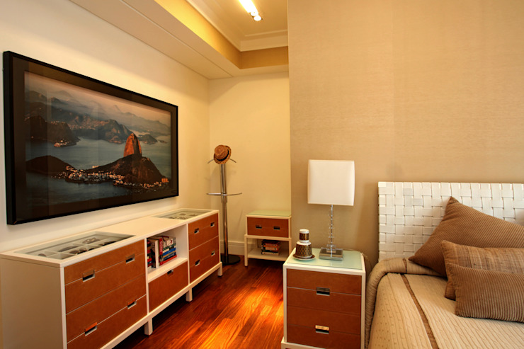 Dormitório: Quartos  por Célia Orlandi por Ato em Arte