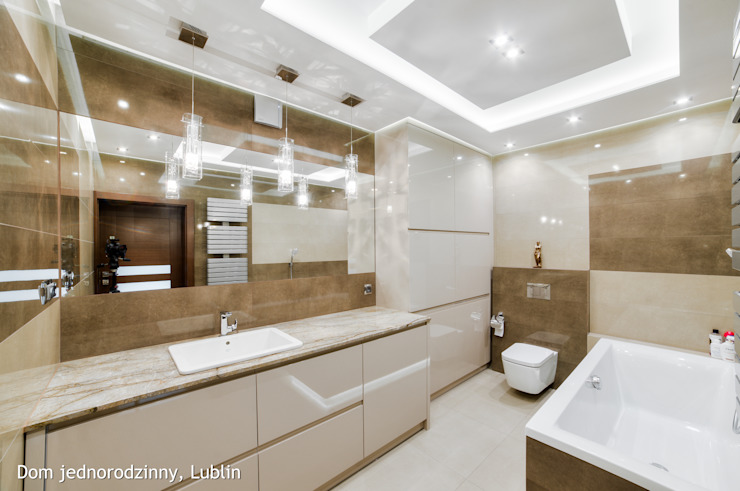 Baños de estilo  por Auraprojekt