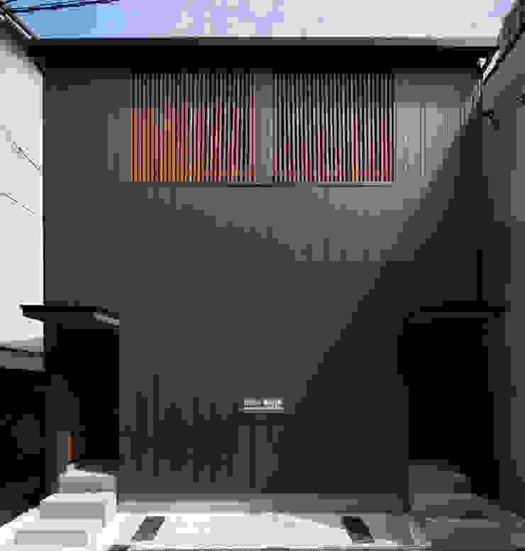 外観正面 の 株式会社 藤本高志建築設計事務所