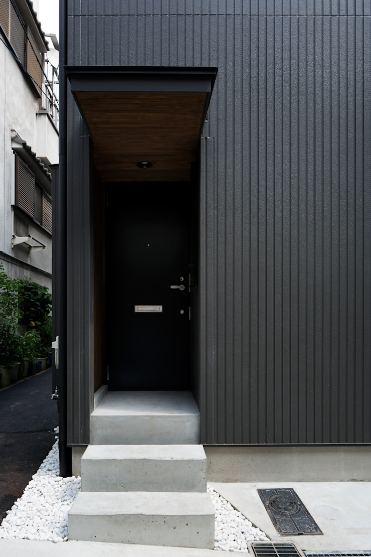 玄関ドア の 株式会社 藤本高志建築設計事務所
