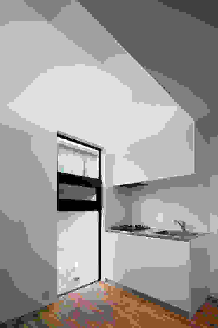 キッチン の 株式会社 藤本高志建築設計事務所