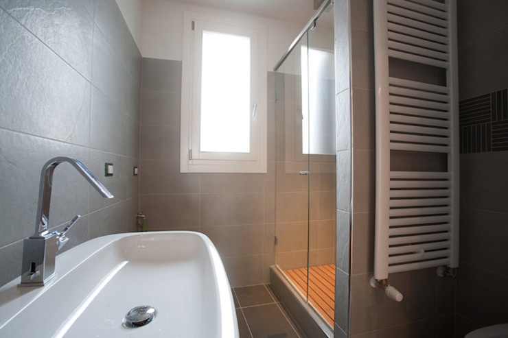 ห้องน้ำ โดย effesseprogetti®, โมเดิร์น เซรามิค