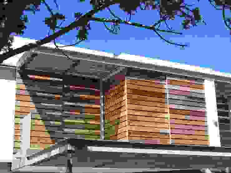 Wester Red Cedar Cladding Rustic style windows & doors by Window + Door Store Cape Rustic