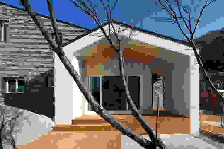 양평 바위마당 집 모던스타일 주택 by 리슈건축 모던