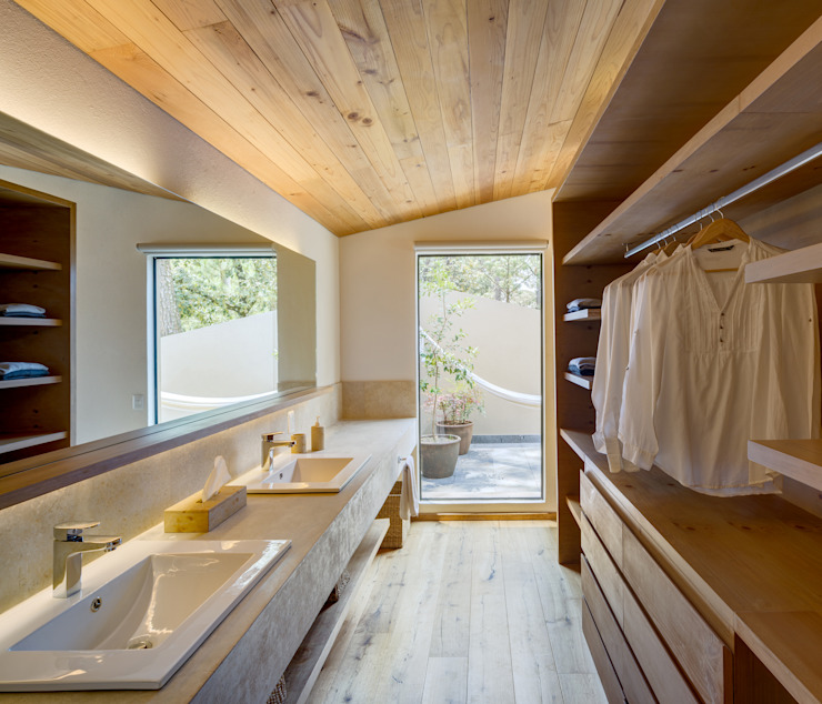 Scandinavian style bathroom by Weber Arquitectos Scandinavian