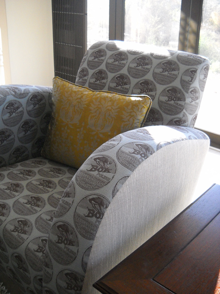 Customised Upholstery: country  by Inside Out Interiors, Country