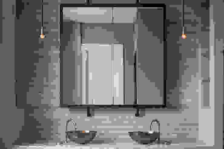 Master Bathroom - Belsize Park Roselind Wilson Design Baños de estilo moderno