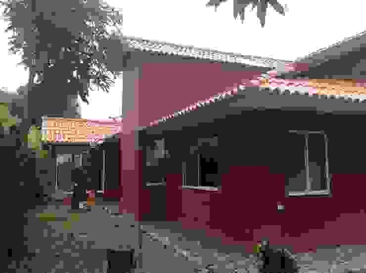 Casa Patricia R. Casas de estilo moderno de ARQUITECTOnico Moderno