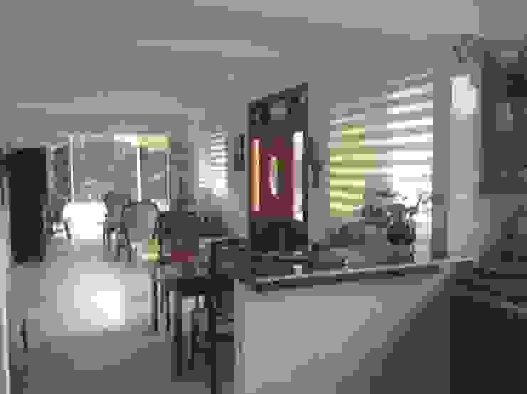 Casa Patricia R. - comedor - sala Cocinas de estilo moderno de ARQUITECTOnico Moderno