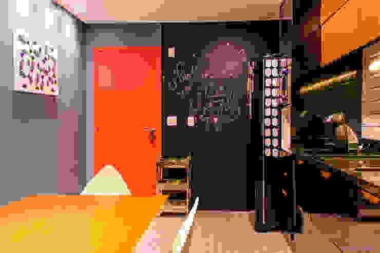 Cucina in stile industriale di 285 arquitetura e urbanismo Industrial
