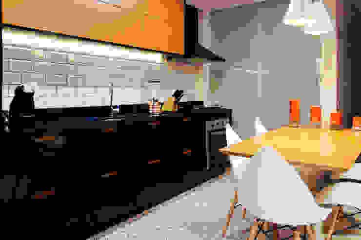 Cocinas de estilo industrial de 285 arquitetura e urbanismo Industrial