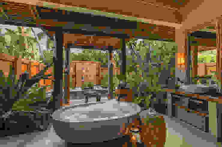 decoración baño by comprar en bali Tropical Wood Wood effect