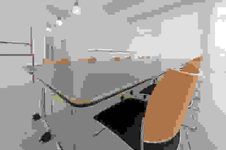 PFERSICH Büroeinrichtungen GmbH Офісні будівлі