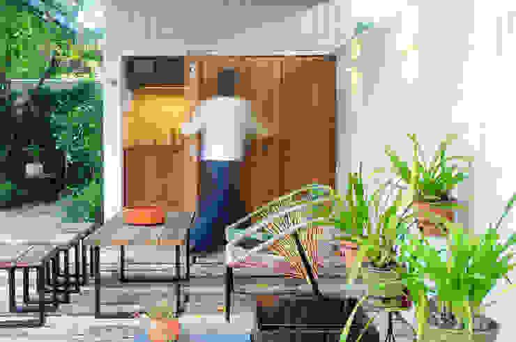 Pavillon Modern Garden by Paula Herrero | Arquitectura Modern