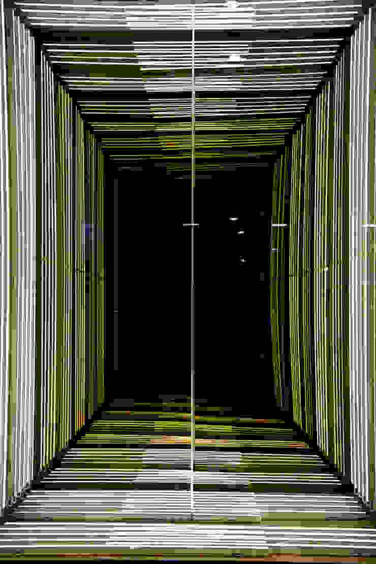 modern  by Miguel de la Torre Arquitectos , Modern
