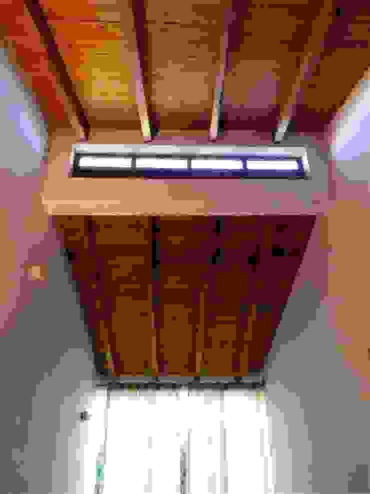 pedro quintela studio Rustic style windows & doors