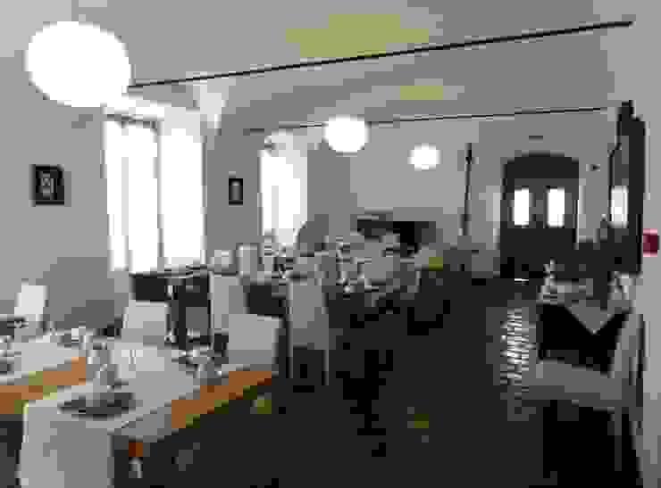 HERDADE VALMONTE HOTEL: Salas de jantar  por pedro quintela studio,Rústico