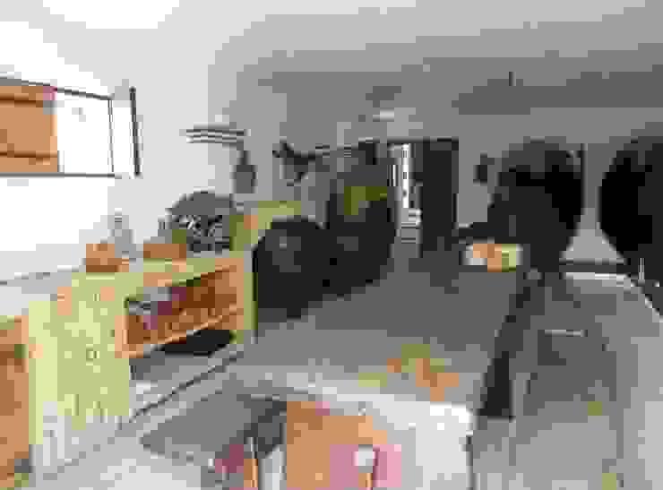 pedro quintela studio Rustic style dining room