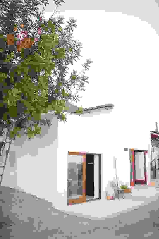 Ibiza Campo—Guesthouse Mediterranean style house by Ibiza Interiors - Nederlandse Architect Ibiza Mediterranean