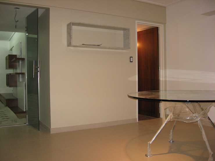 Moderne Esszimmer von laura zilinski arquitecta Modern
