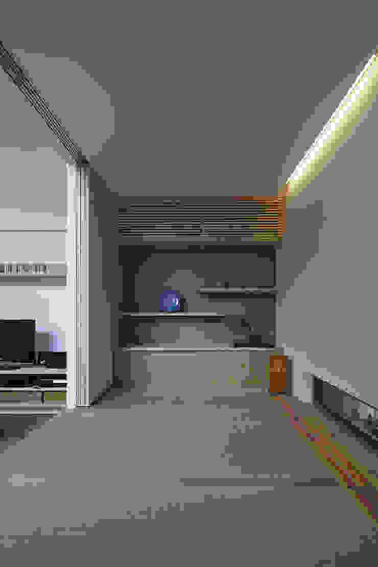 asian  by 建築設計事務所SAI工房, Asian