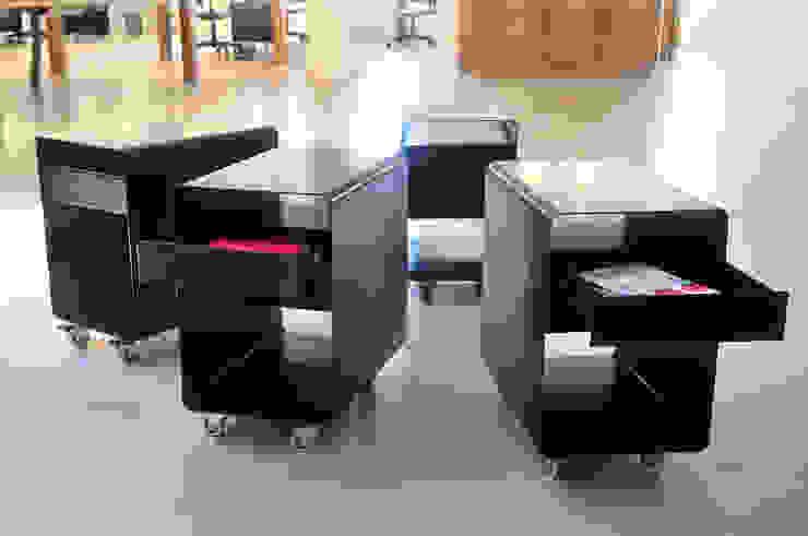:  de estilo industrial por Paula Herrero | Arquitectura,Industrial Hierro/Acero