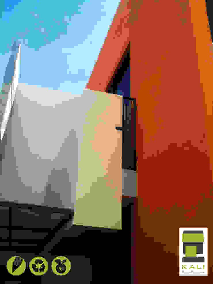 2 Place On Bridge (Construir en un Puente) Balcones y terrazas modernos de KALI diseño.MX Moderno
