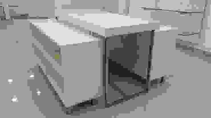 TIENDA LANIFICIO de 3 DECO Minimalista Compuestos de madera y plástico