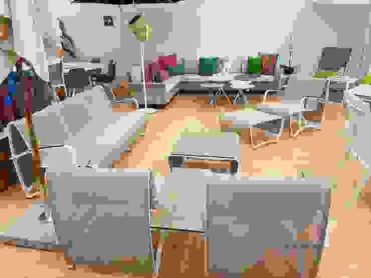 JET STREAN Hoteles de estilo minimalista de SINDO OUTDOOR Minimalista Aluminio/Cinc