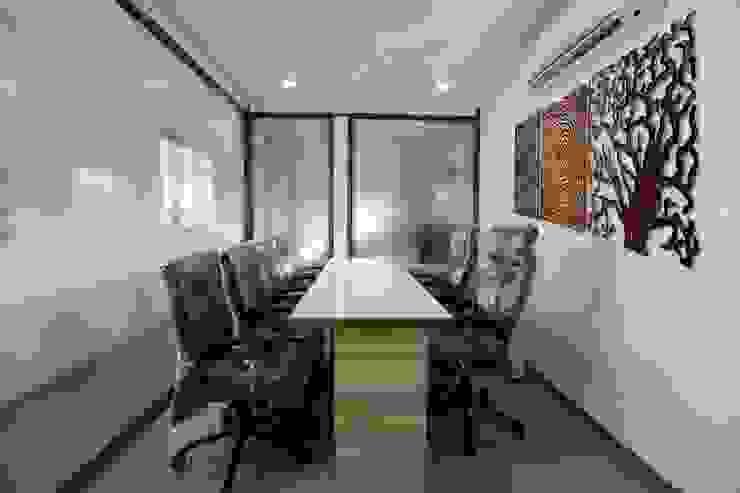Director Cabin Modern office buildings by ZEAL Arch Designs Modern