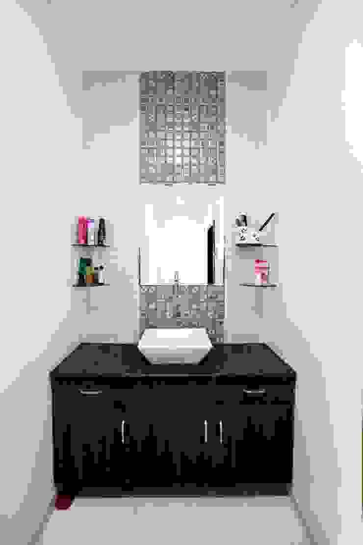 Baños de estilo moderno de ZEAL Arch Designs Moderno