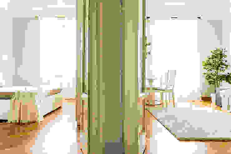 Couloir, entrée, escaliers classiques par Francesca Greco - HOME|Philosophy Classique