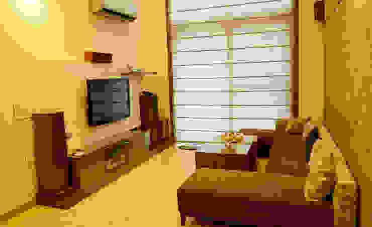 Mehra Residence Modern living room by StudioEzube Modern Wood Wood effect