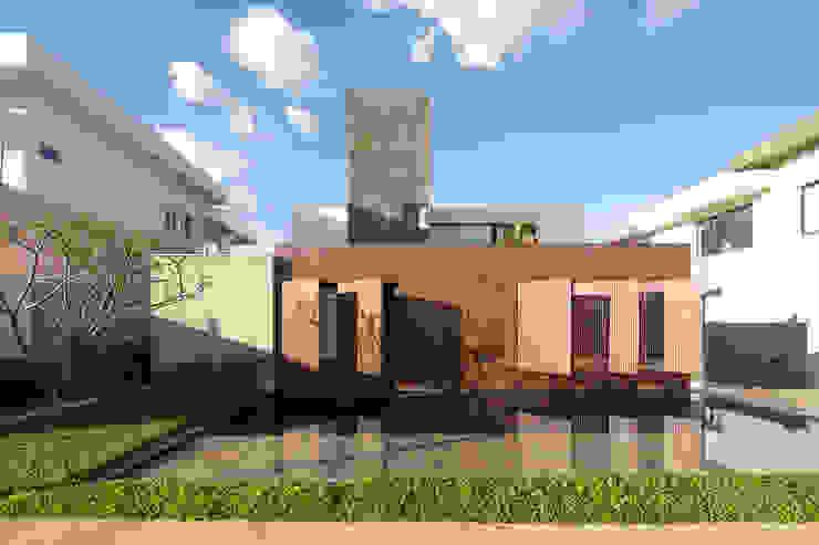 Modern houses by Joana França Modern Wood Wood effect