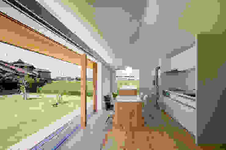 ダイニングスペース/夏 オリジナルな 家 の hm+architects 一級建築士事務所 オリジナル