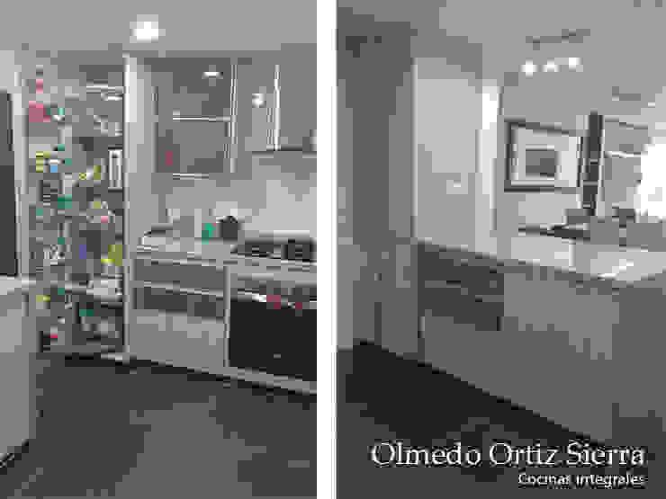 Cocina Integral Beige con Gris Cocinas modernas de Cocinas Integrales Olmedo Ortiz Sierra Moderno Aglomerado