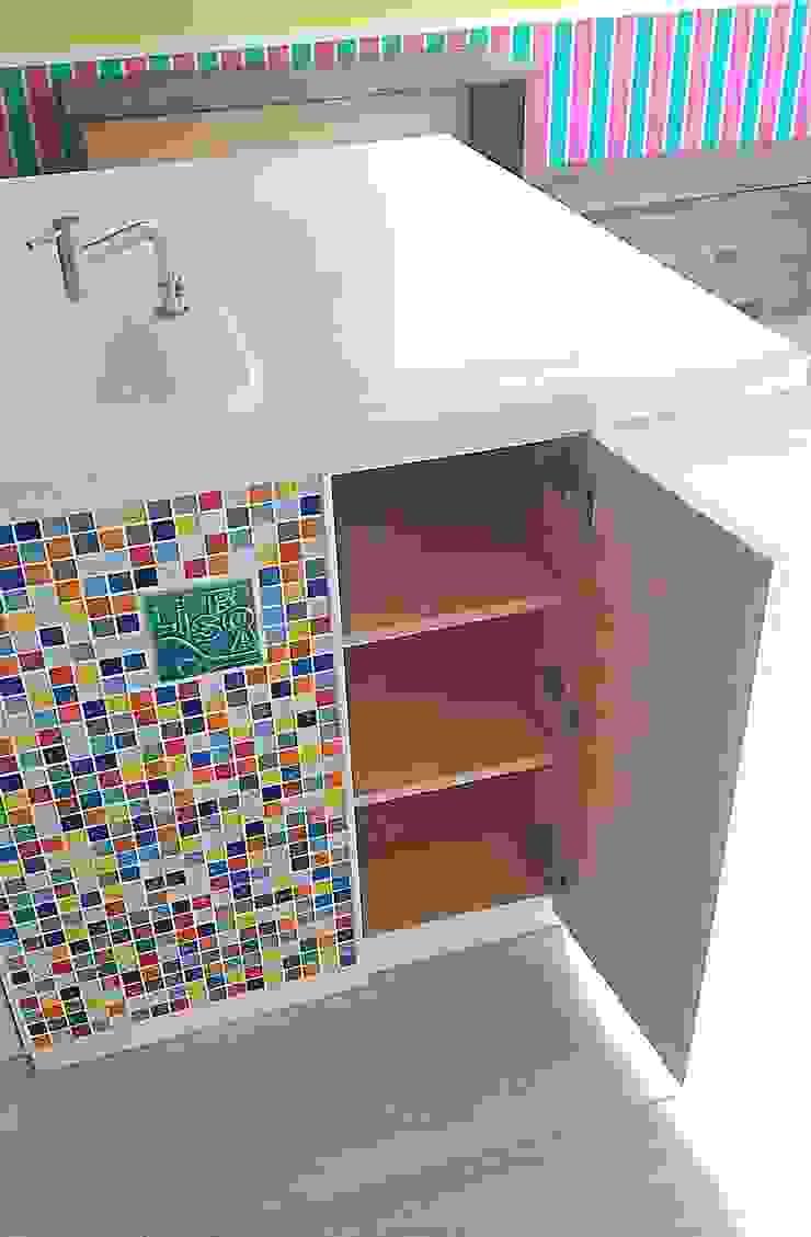 株式会社コリーナ Eclectic style kitchen Tiles