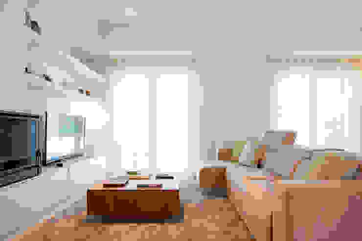 Moradia c/ 2 quartos - Cascais por Traço Magenta - Design de Interiores Moderno