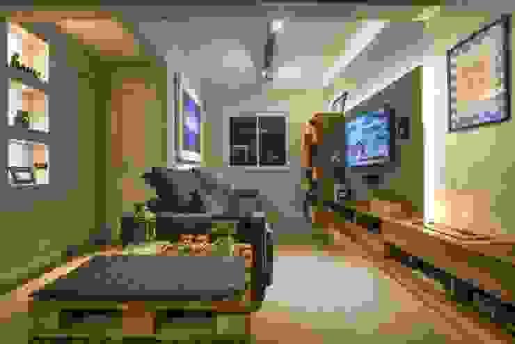 Sala de estar, tv e lareira Salas de estar modernas por Caroline Vargas   C. Arquitetura Moderno