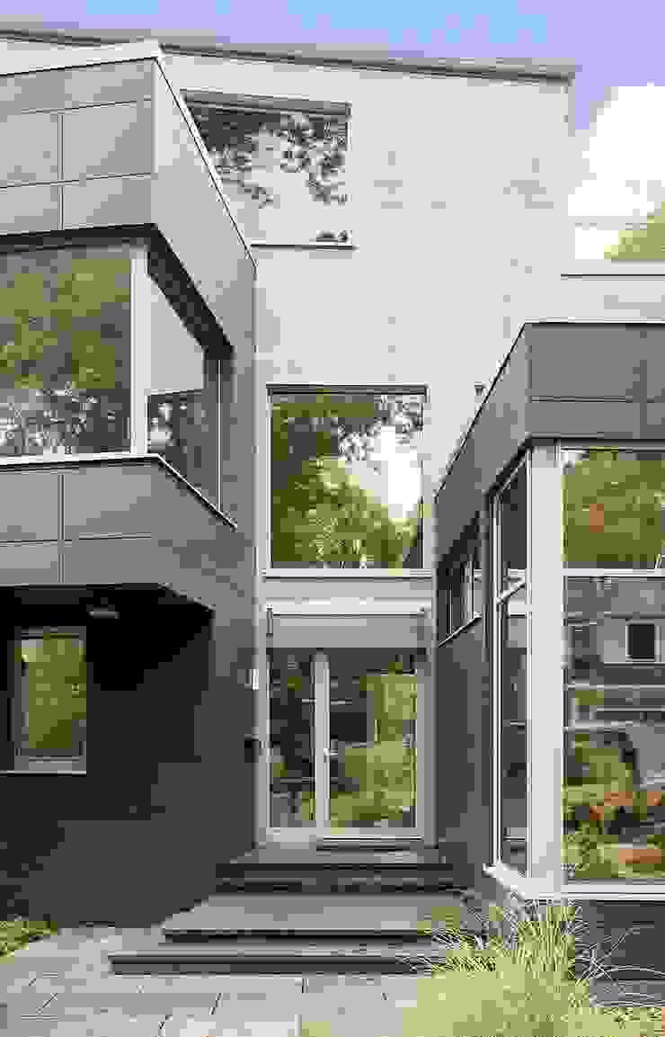 Casas modernas de ZeroEnergy Design Moderno