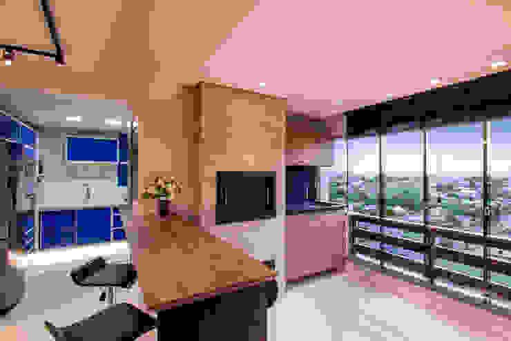 Espaço churrasqueira Cozinhas modernas por Caroline Vargas | C. Arquitetura Moderno