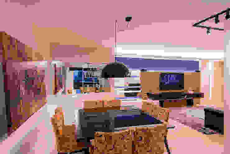 Sala de jantar integrada Salas de jantar modernas por Caroline Vargas | C. Arquitetura Moderno