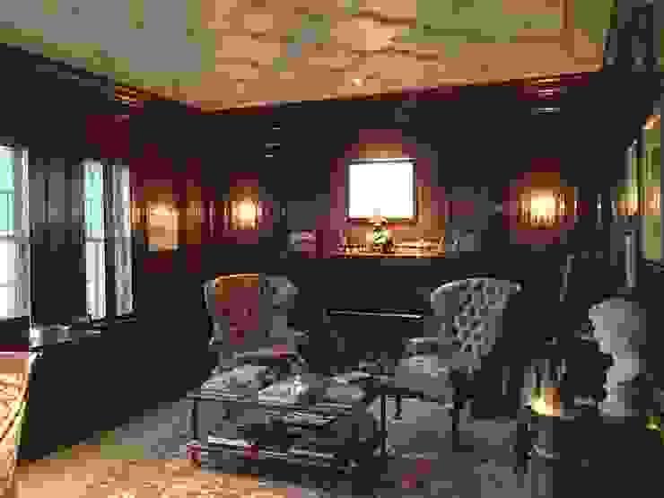 Estudios y despachos clásicos de Hinson Design Group Clásico