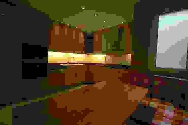 Nişantaşı Evi Modern Mutfak İndeko İç Mimari ve Tasarım Modern