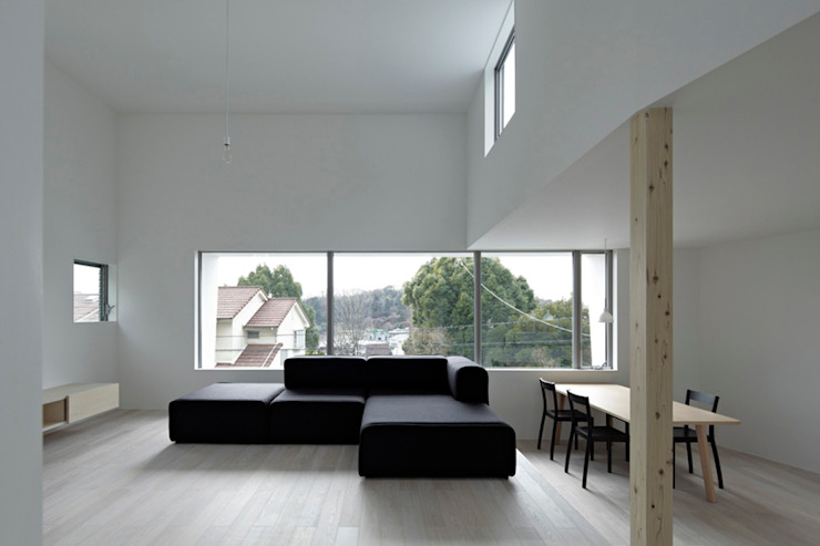 Scandinavian style living room by 桑原茂建築設計事務所 / Shigeru Kuwahara Architects Scandinavian