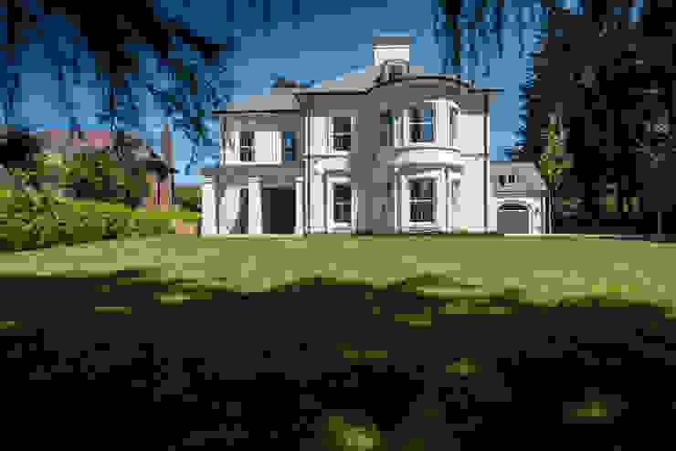 منازل تنفيذ Des Ewing Residential Architects , كلاسيكي